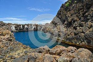 natural-lagoon-mapanas-northern-samar-philippines-30315738